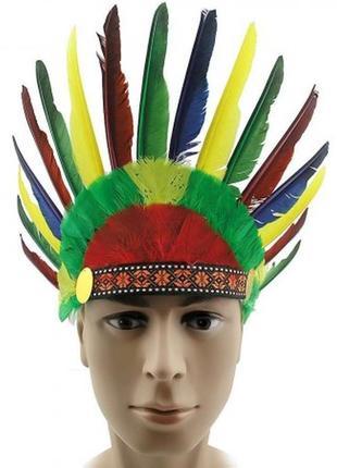 Маскарадный головной убор с перьями индеец