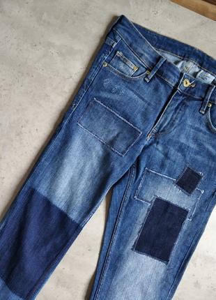 Голубые джинсы, голубые винтажные джинсы