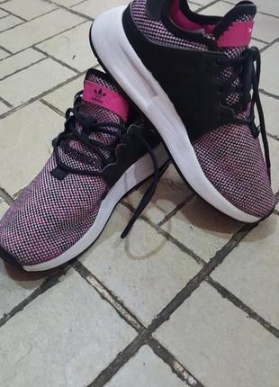 Кросовки дівчачі, оригінал adidas