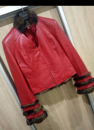 Классная  дизайнерская кожаная куртка с норкой