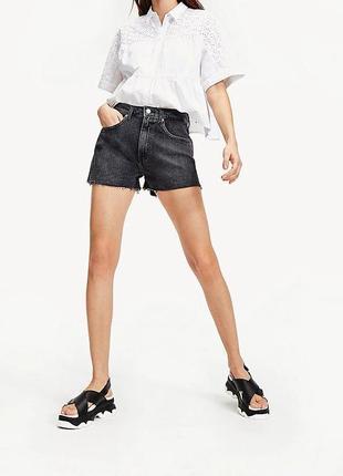 Оригинальные джинсовые шорты от th