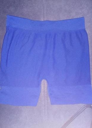 Короткие шорты для спорта