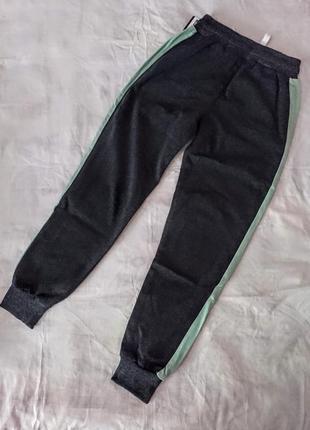 Спортивные штаны на девочку р.128-146 см. турция.3 фото