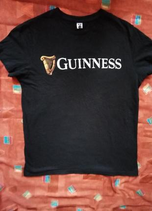 Безшовная черная котоновая футболка с логотипом guinness(унисекс)