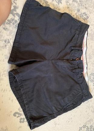 Короткие черные шорты tommy hilfiger