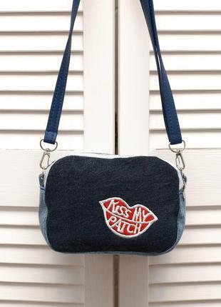 Распродажа!голубая маленькая сумка кроссбоди с нашивкой губы, джинс коттон