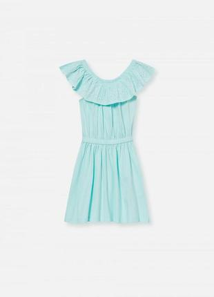 Платье с рюшами и открытыми плечами h&m