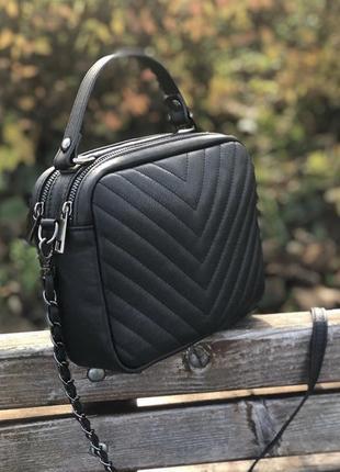 Чёрная кожаная сумочка кроссбоди италия сумка кожа