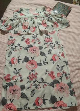 Шикарное лёгкое платье в цветы- xs s