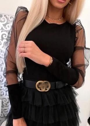 Стильная блуза с пышными рукавами