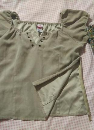 Актуальная блуза футболка -xs s