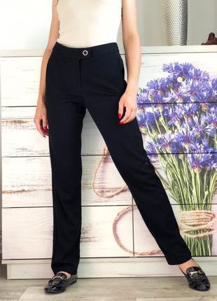 Классические чёрные прямые брюки