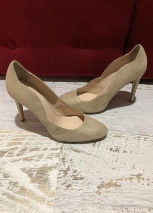 Туфлі із натуральної замші,від minelli