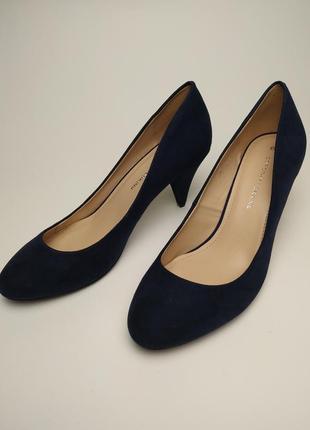 Новый стильные туфли на среднем каблуке под замшу dorothy perkins размер 6/39