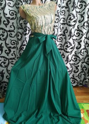 Шикарне платтячко.