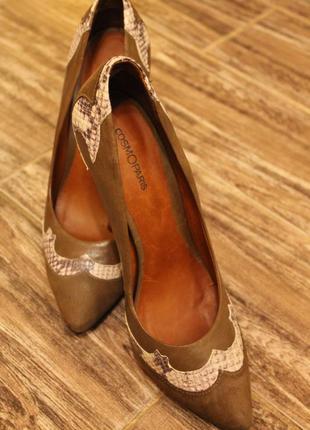 Щкіряні італійські туфлі на золотій шпильці