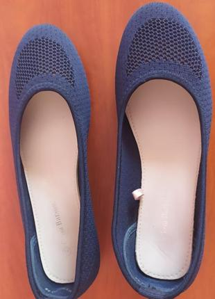 Балетки жіночі (туфлі)