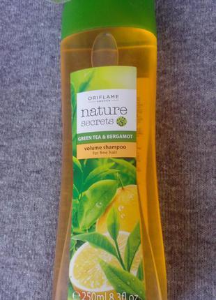 Шампунь-объем для тонких волос «зеленый чай и бергамот» 31233