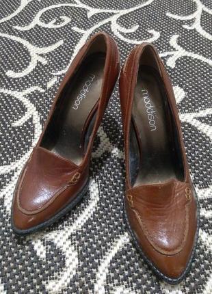 Фирменные женские туфли meddison