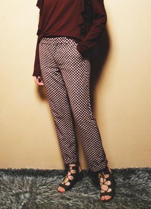 Распродажа! крутейшие брюки в орнамент