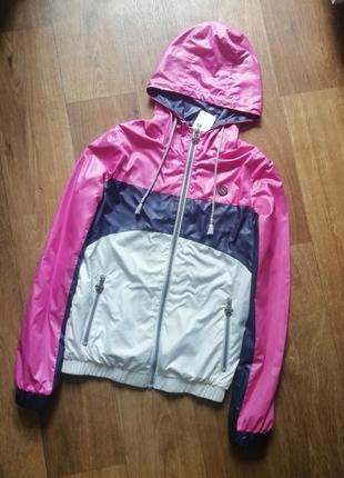 Стильная ветровка, куртка, курточка, олимпийка