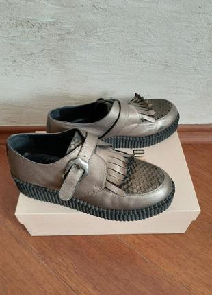 Туфли на танкетке броги сникерсы