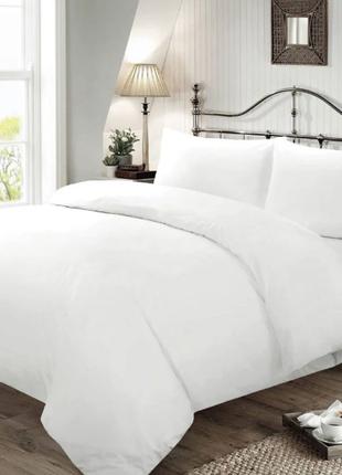 Комплект белого постельного белья. постільна білизна