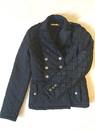 Стеганая демисезонная куртка zarina