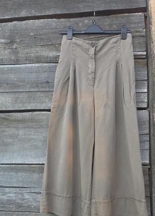 Стильные натуральные укороченные брюки