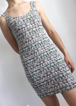 Короткое облегающее платье, платье майка, летнее платье, повседневное платье.