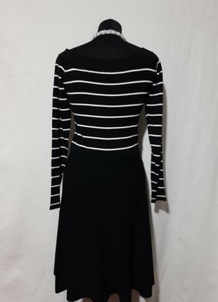 Шикарное платье с вискозы, тянется, мелкая вязка