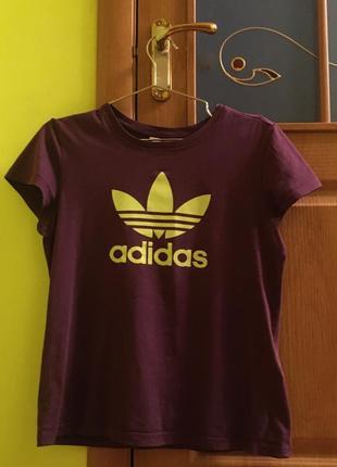 Продам оригінальну  футболку adidas