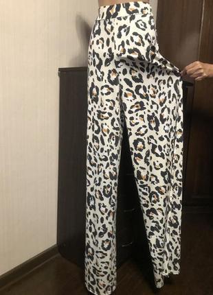 Шикарные леопардовые брюки широкие