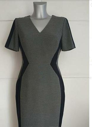 Очень красивое платье от m&s.