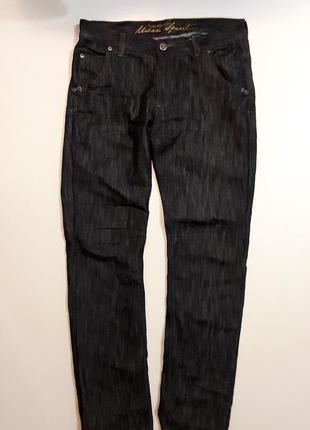 Фирменные джинсы 34р.