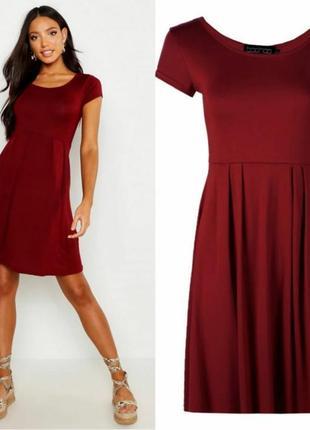 Отличное платье цвета марсал