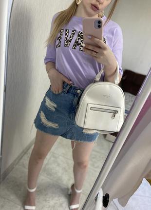 Джинсовая мини-юбка с потертостями