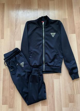 Спортивный костюм куртка бомбер штаны на резинке с манжетами guess