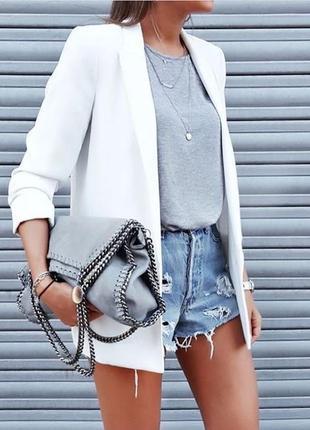 Крутой удлинённый льняной пиджак