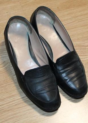 Шкіряні  легесенькі туфлі