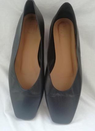 Туфли кожа flattered р.39 ст.25,5 см