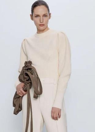 Кофта свитер zara с объемными рукавами