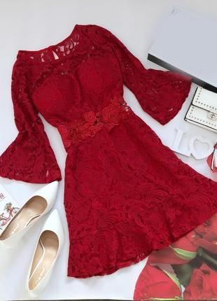 Красивое кружевное платье красиве кружевне плаття ажурне с чашками