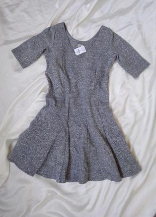 Платье мини серое hollister