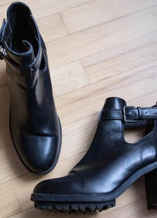 Дуже круті черевички zara