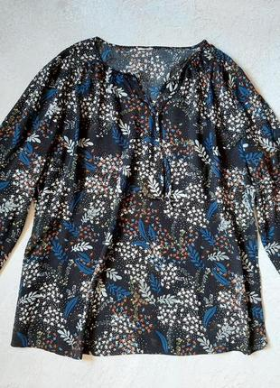 Черная цветочной расцветки блузка tcm