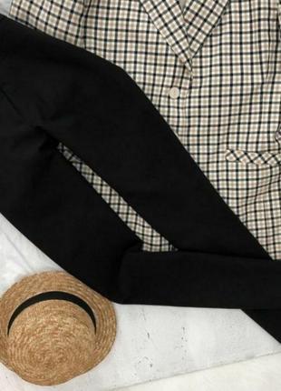Классические стандартные повседневные брюки черного цвета