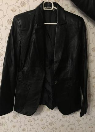 Итальянский кожаный пиджак-куртка