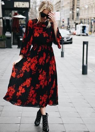 Платье плиссе в цветочный принт миди h&m p.40/42