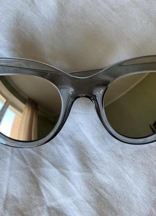 Очки с зеркальными линзами